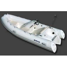 Лодка BRIG E380