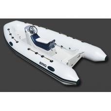 Лодка BRIG F400S
