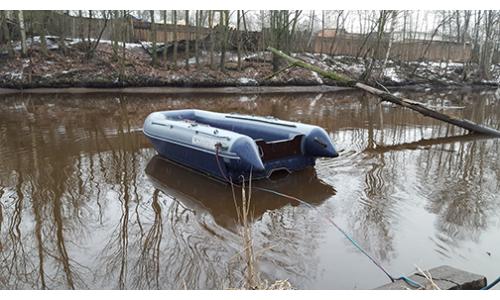 Лодка ФЛАГМАН DK 380